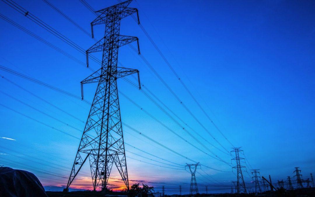 Repsol entra en el mercado de la electricidad en parte para abastecer la movilidad eléctrica en un futuro.