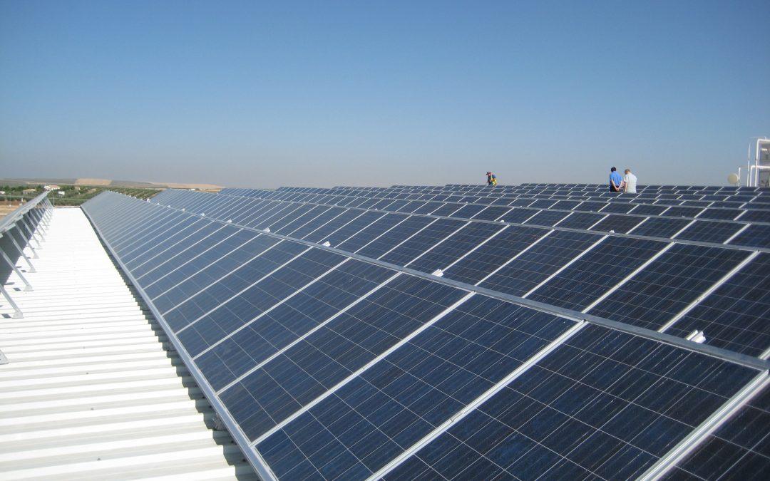 José Donoso, copresidente del consejo global solar mundial, comenta la eliminación de las barreras del autoconsumo en España