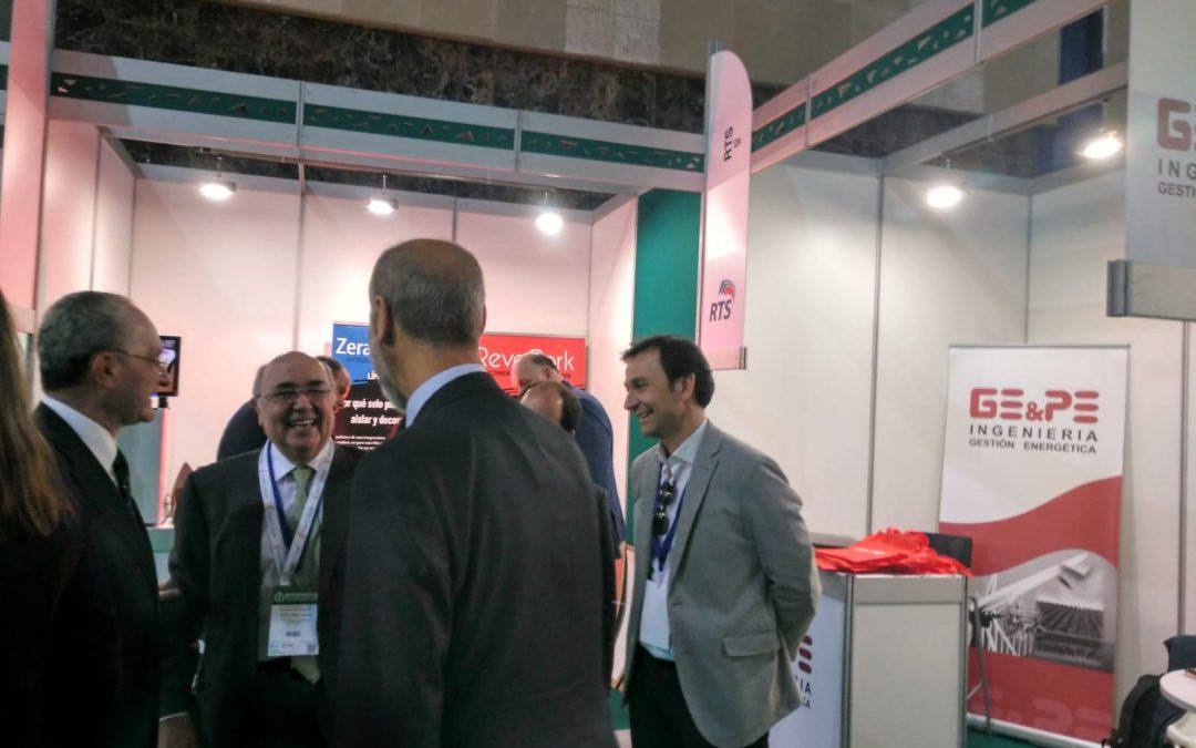 El Secretario General de la Energía y el alcalde de Málaga visita el stand de GE&PE en el foro de Greencities