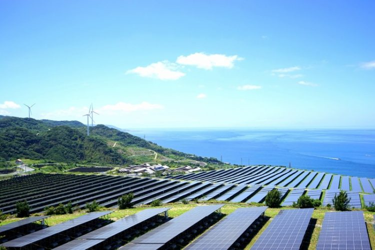 Según Irena la tercera parte de la capacidad energética,  a nivel mundial, instalada es de energías renovables.