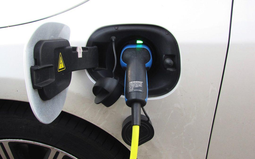 Nissan Iberia reclama un IVA reducido al 10% para la compra de coches eléctricos.